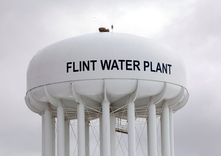 Michigan Will Stop Providing Free Water To Flint Residents Despite Elevated Lead In School Water