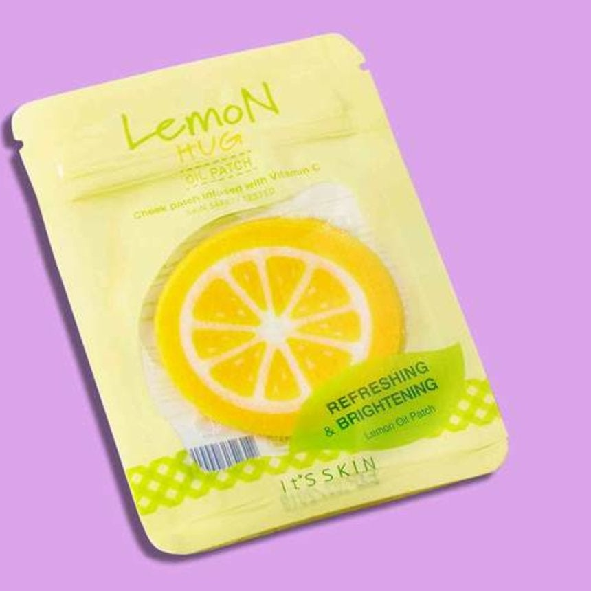 5 Crazy-Looking Sheet Masks For Glowing Skin And A Hilarious Selfie