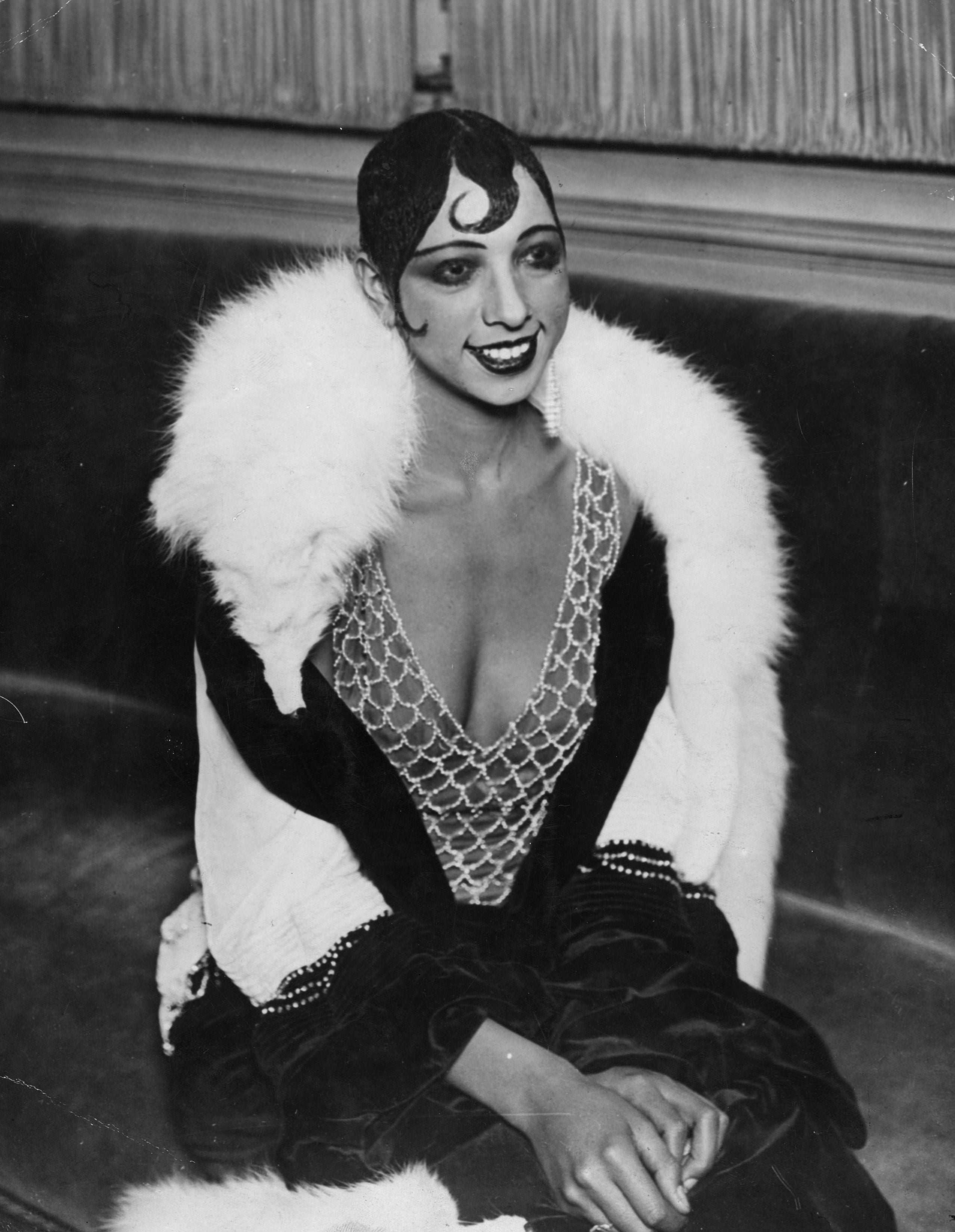 Google Honors Josephine Baker's 111th Birthday With Doodle