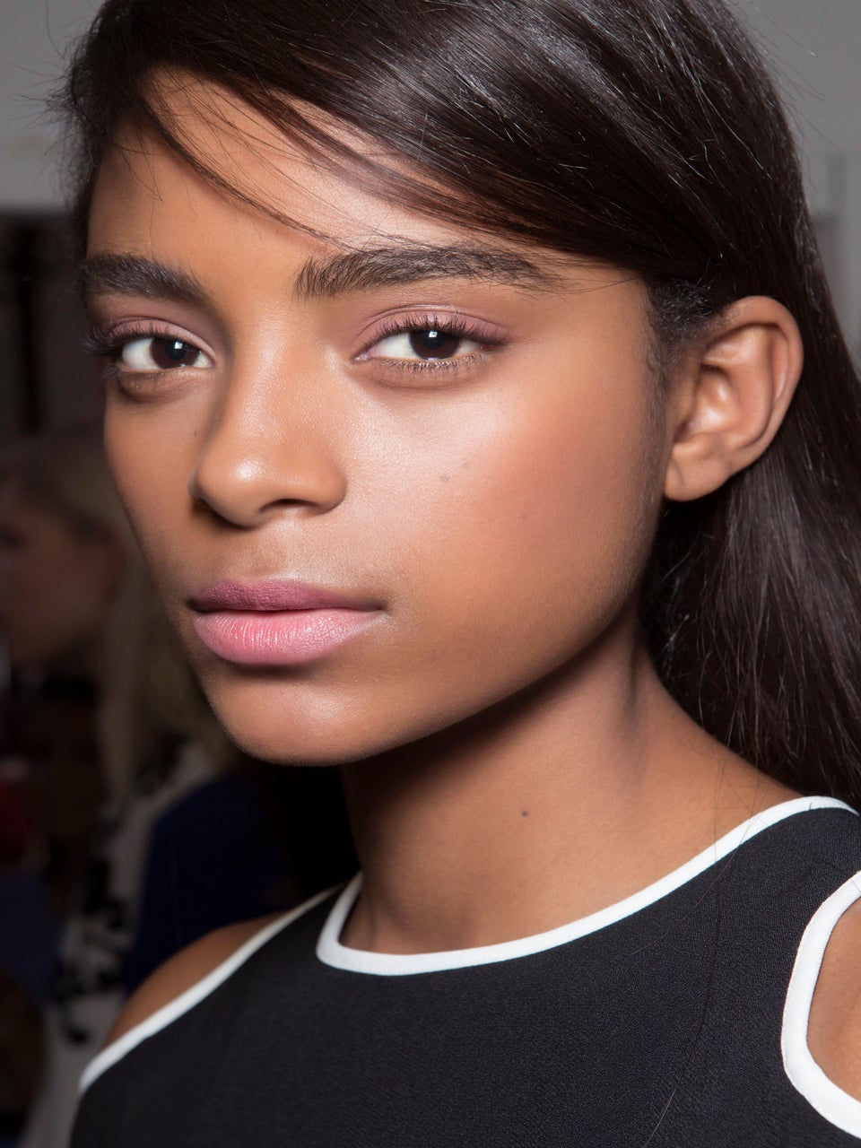 The Easy-to-Use Highlighter That Looks Good on Every Skin Tone