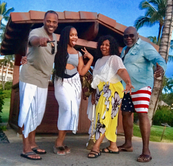 T D  Jakes And Wife Enjoy An Anniversary Vacation With