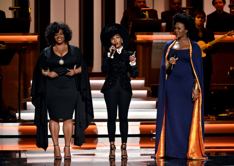 Flashback Friday: ESSENCE Fest Performers Jill Scott & India.Arie Honor Stevie Wonder With Rendition Of 'As'