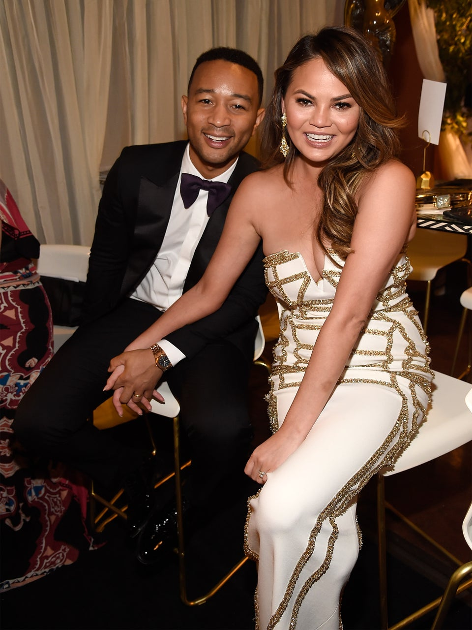 Finally! Chrissy Teigen Joins John Legend On Stage For The Moment Fans Have Been Waiting For