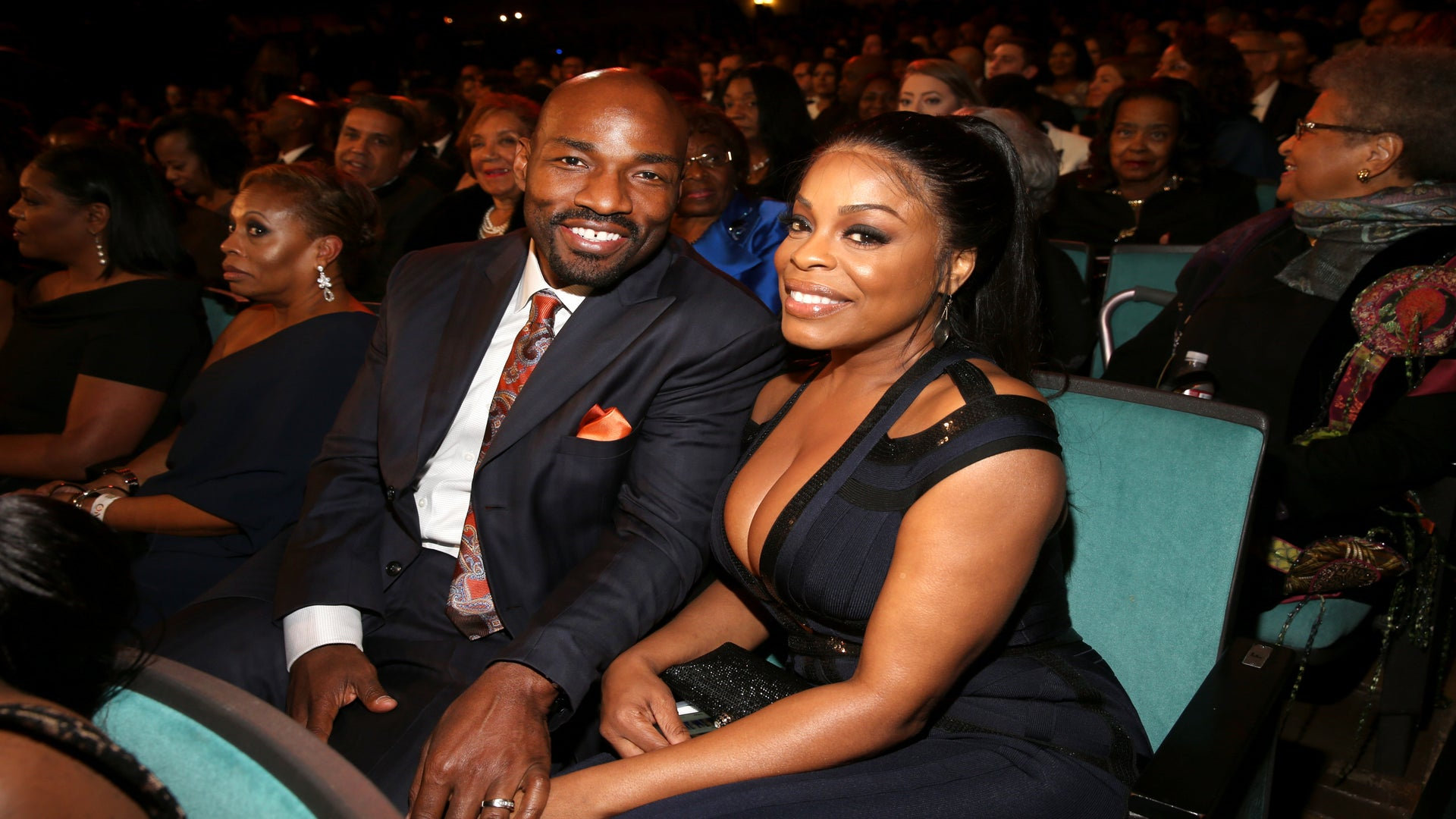 This Moment Of Black Love Realness Is Brought to You By Niecy Nash And Her Husband