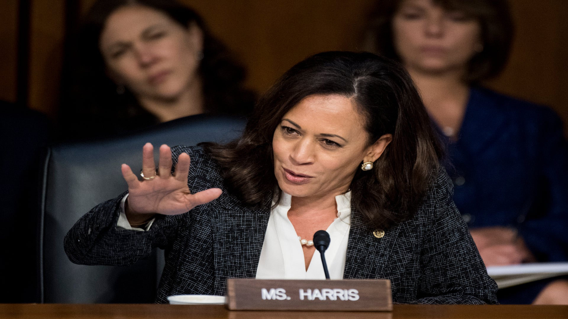 ICYMI: Senator Kamala Harris Was Not Having It When The Homeland Security Secretary Tried To Justify Trump's 'Shithole' Comments