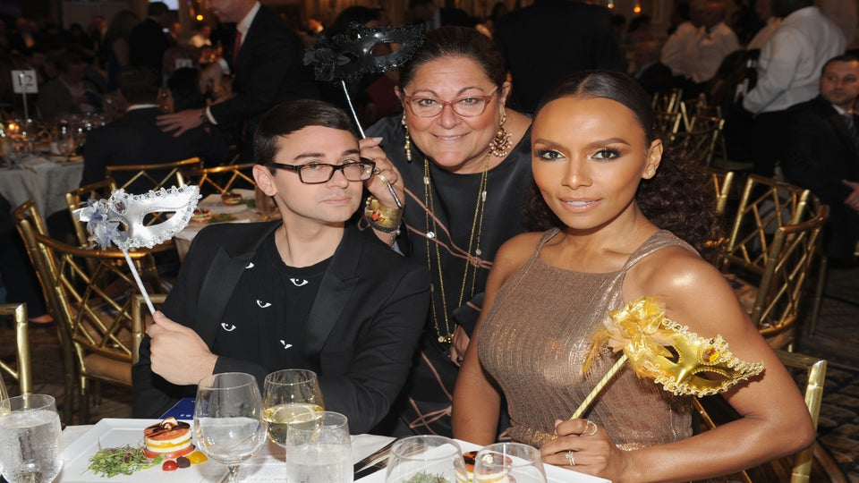 Janet Mock Closes Out The Week In Flawless 'All Gold Everything' Makeup