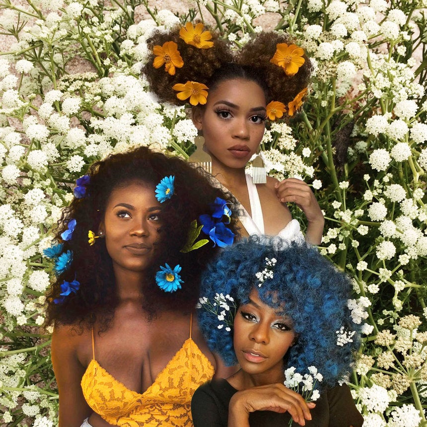 15 Times Naturalistas Looked Drop Dead Gorgeous With Flowers In Their Hair