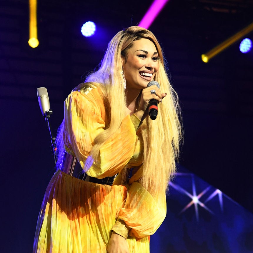 Keke Wyatt Shaves Head To Support Child with Cancer - Essence
