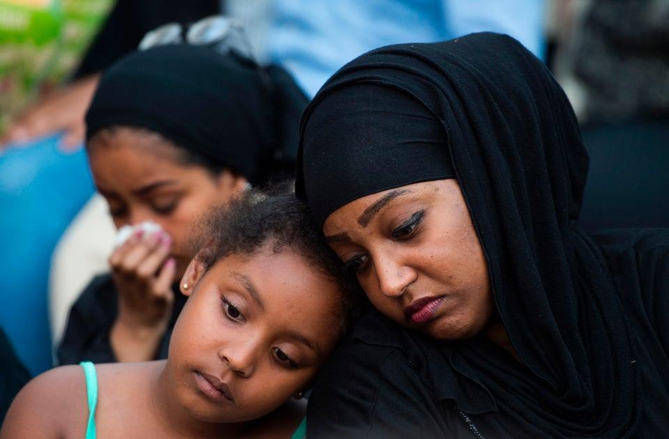 Thousands Mourn Nabra Hassanen, The Virginia Teen Who Was Beaten To Death