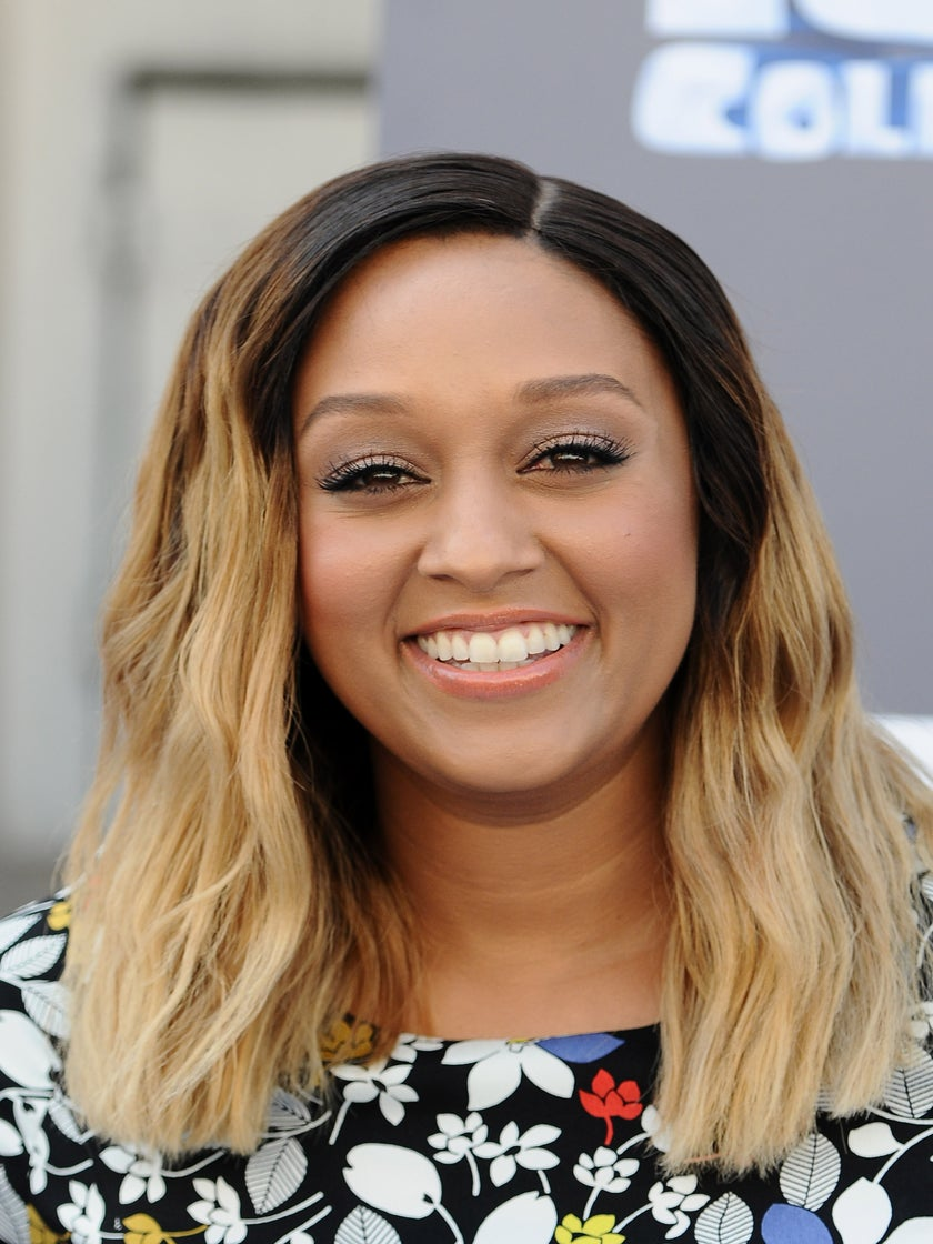 Tia Mowry Shows Off Her Toned Stomach After 20-Lb. Weight Loss