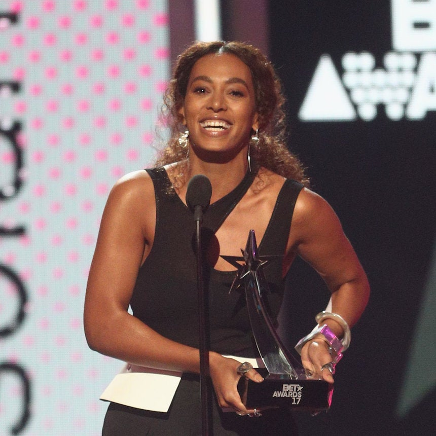 Solange Keeps It Simple Yet Stunning in Black and White Look At BET Awards