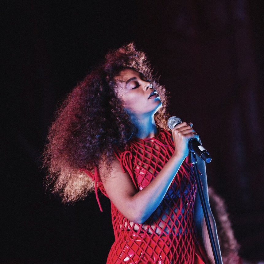 Solange Shouts Out Female Artists After Win At The BET Awards