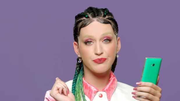 Katy Perry Apologizes ForCultural Appropriation, Rocking Cornrows