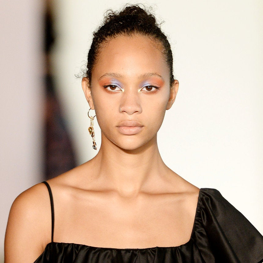 How To Keep Your Eye Makeup from Melting Off In The Summer
