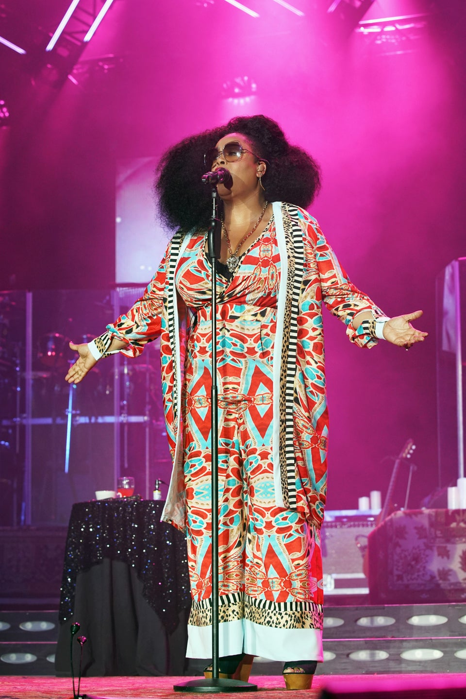 Jill Scott's Glorious Afro Is What Hair Dreams Are Made Of
