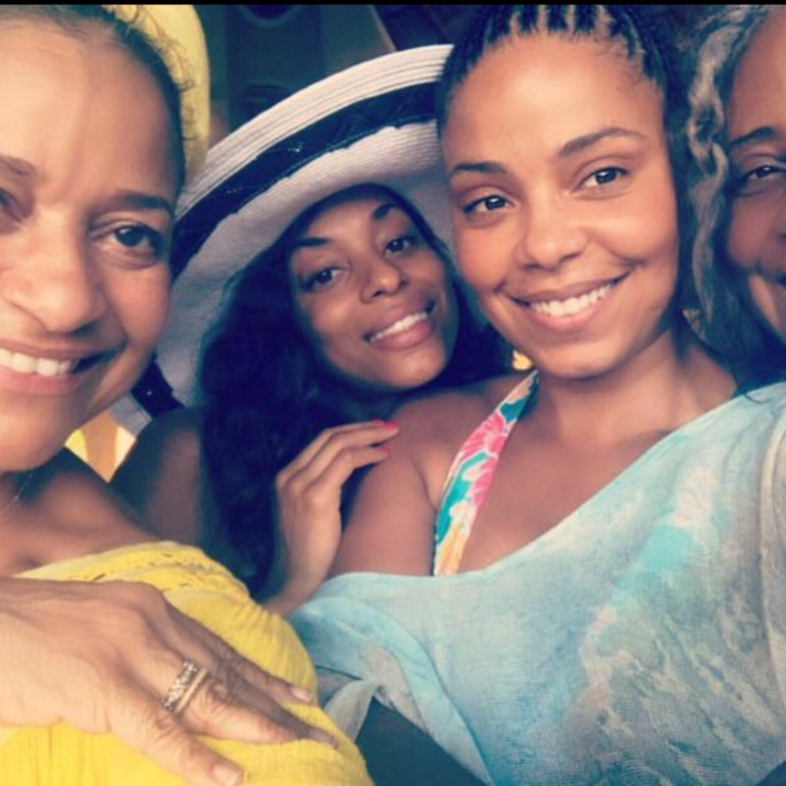 Sanaa Lathan And Her Mom Had The Ultimate Girls Trip and We're Honestly Jealous