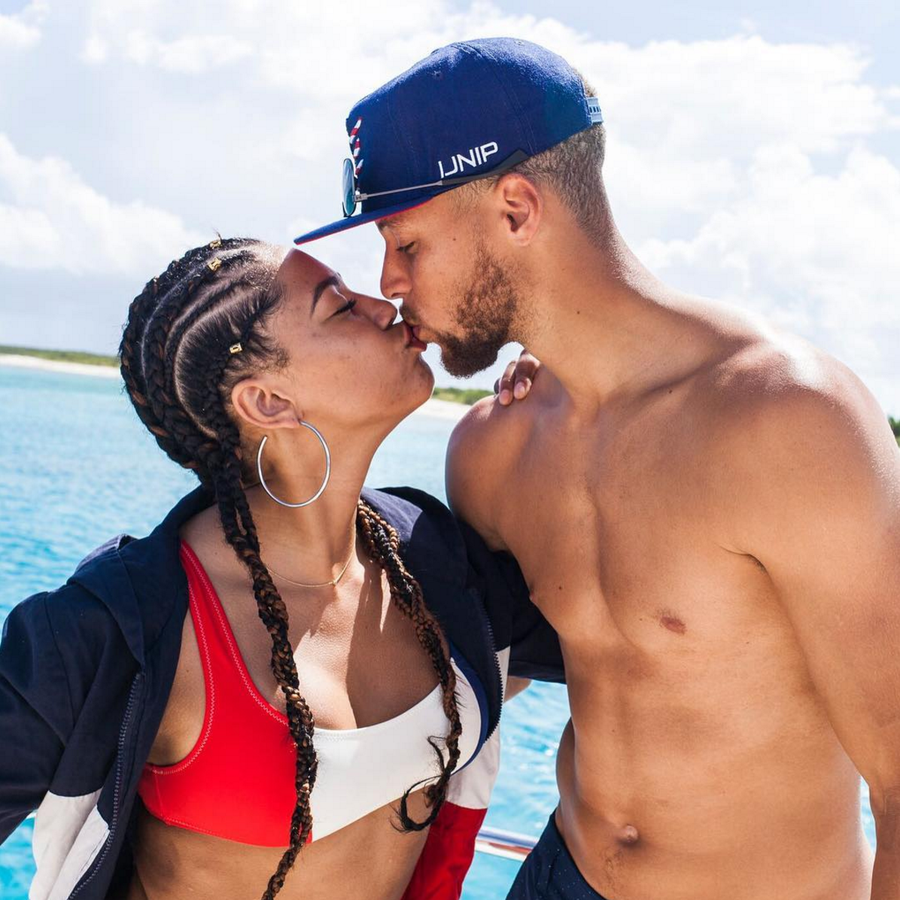 Ayesha And Steph Curry Are Having The Time Of Their Lives On Baecation