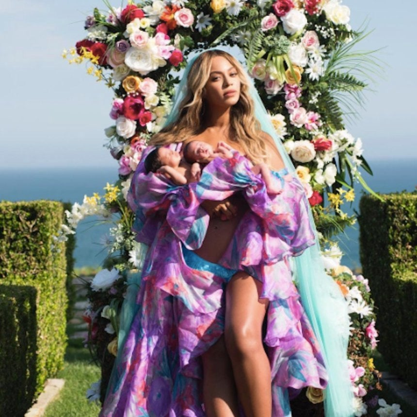 Rumi And Sir Carter's Birth Certificates Reveal Their Gender And Older Twin