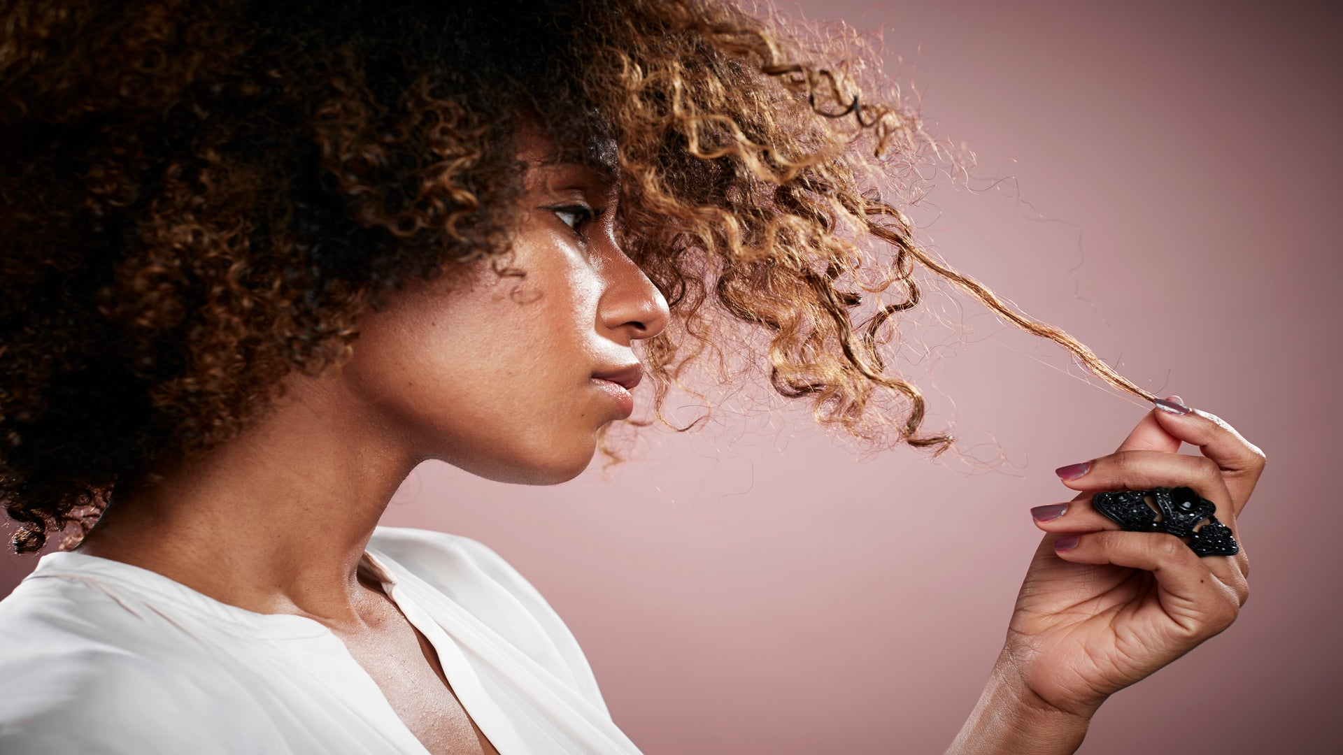 6 YouTube Tutorials To Bookmark If You Have High Porosity Hair