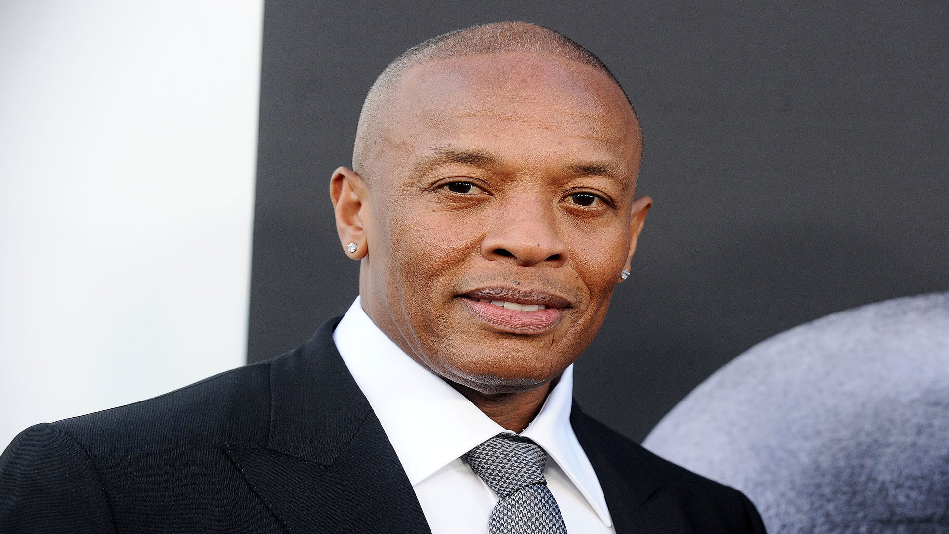 Dr. Dre Apologizes For Dee Barnes Assault: 'Any Man That Puts His Hands On A Female Is A F—ing Idiot'
