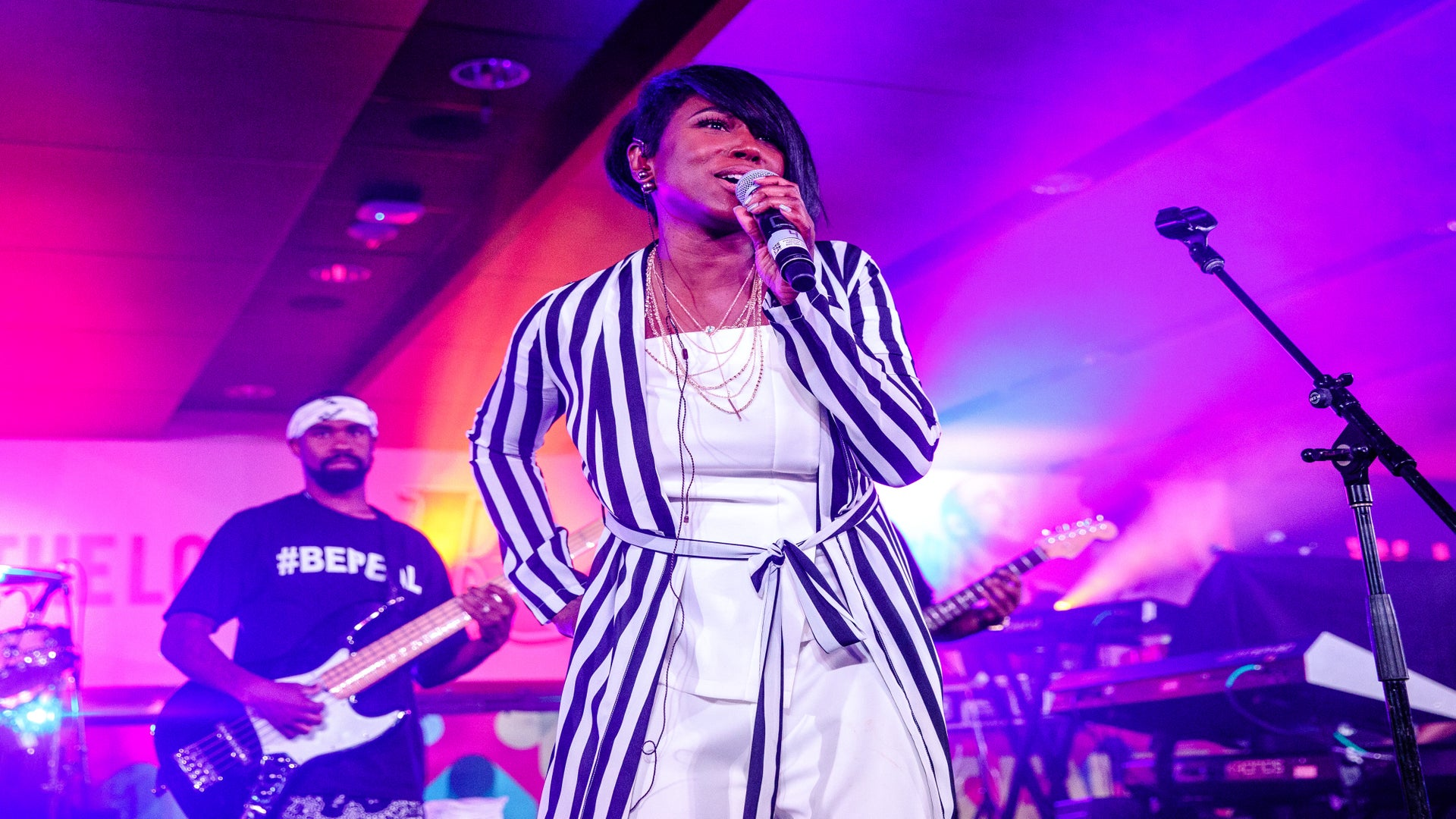 Watch Tweet & Her Daughter Light Up The ESSENCE Fest Stage With A Magical Performance We're Still Talking About