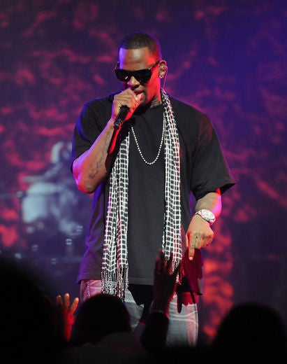 Over 10,000 People Have Signed A Petition To Get R. Kelly Dropped From Sony