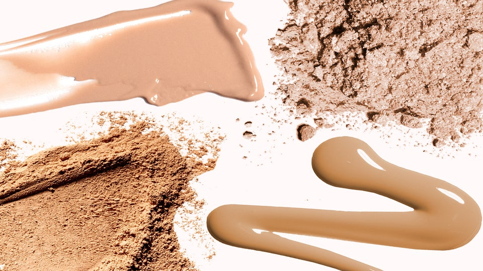 The Secret To Keeping Your Powder Foundation From Caking