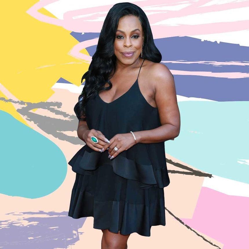 Niecy Nash Rocks the Ultimate Little Black Dress