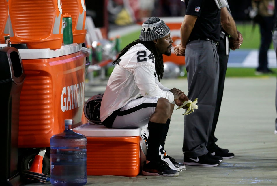 Marshawn Lynch Remains Seated During National Anthem
