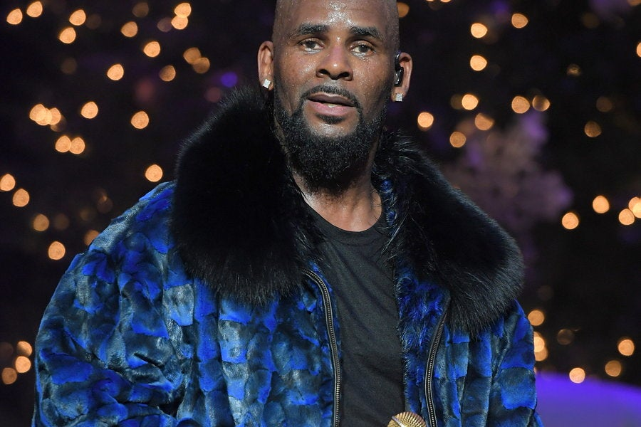 Accuser Claims R. Kelly Gave Her An STD - Essence