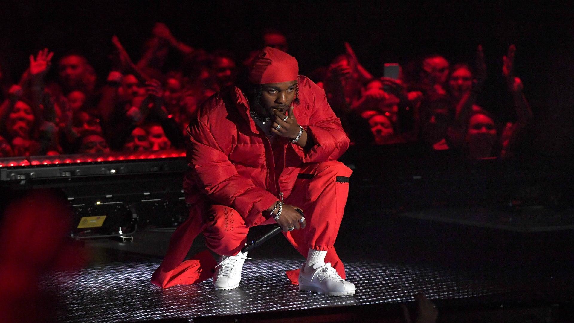 Kendrick Lamar Wins Video Of The Year At The 2017 MTV VMAs