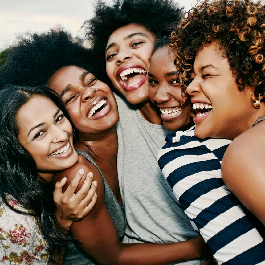 Your Future Squad: How To Choose The Right Lifelong College Friends