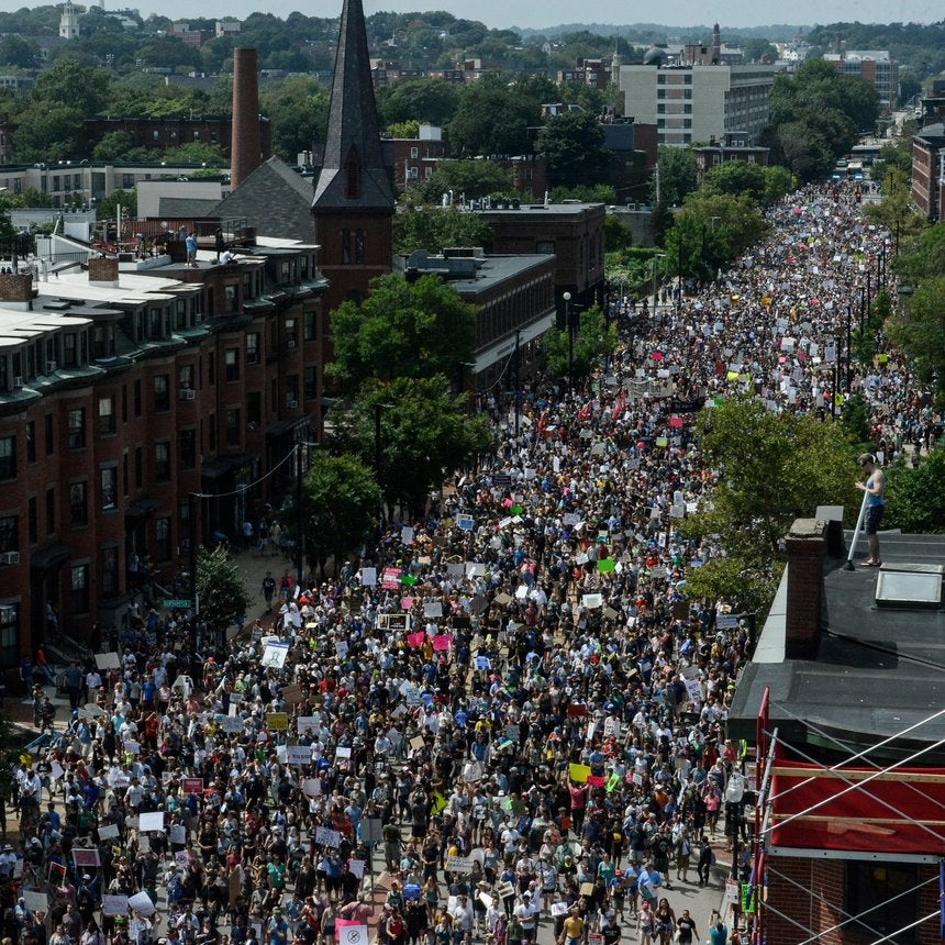 Thousands of Counter-Protesters March Against White Nationalism in Boston a Week After Charlottesville