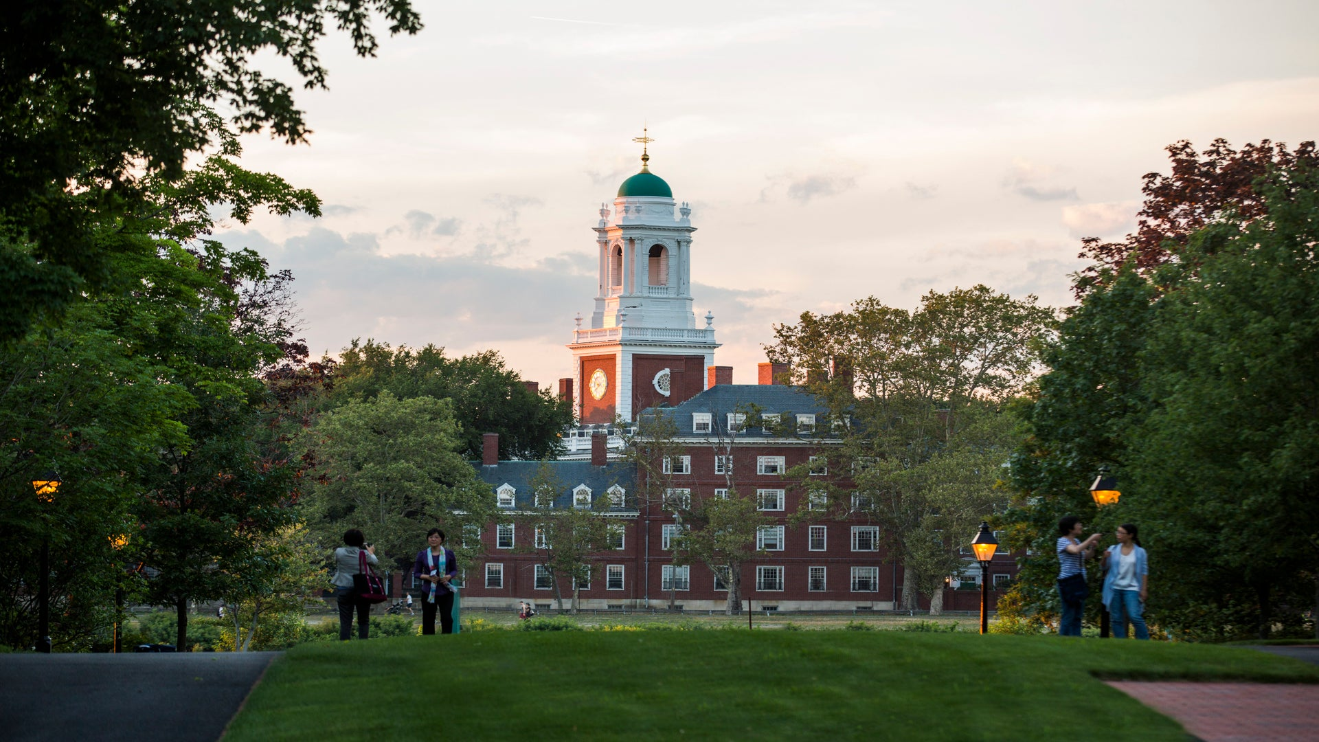 Black Harvard Students Want The University To Divest From The Prison-Industrial Complex