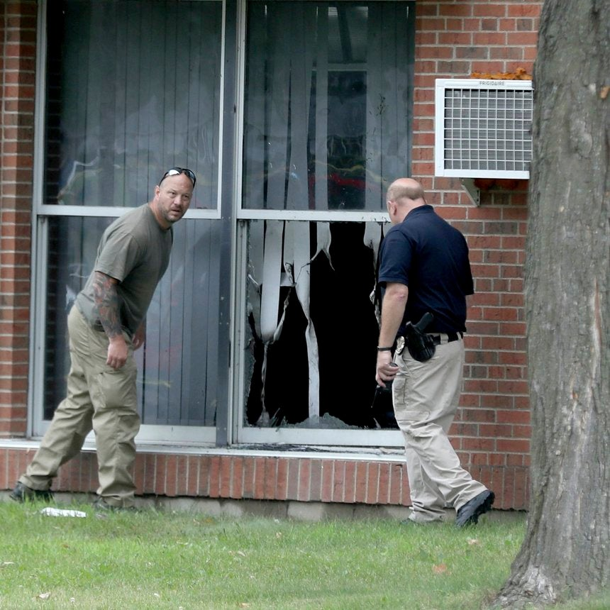 Someone Threw a Bomb Through a Mosque Window in Minnesota