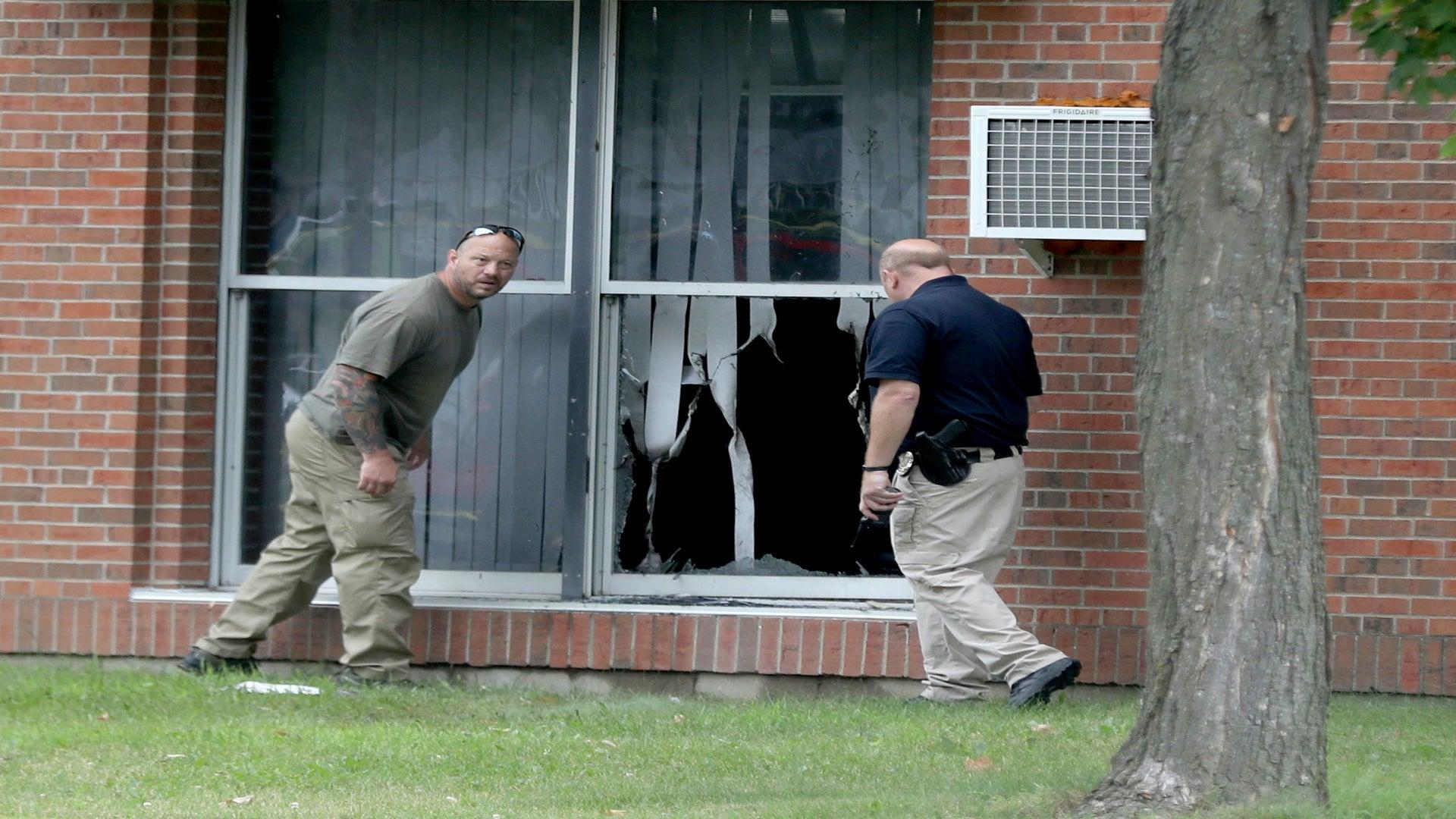 Someone Threw a Bomb Through a Mosque Window in Minnesota