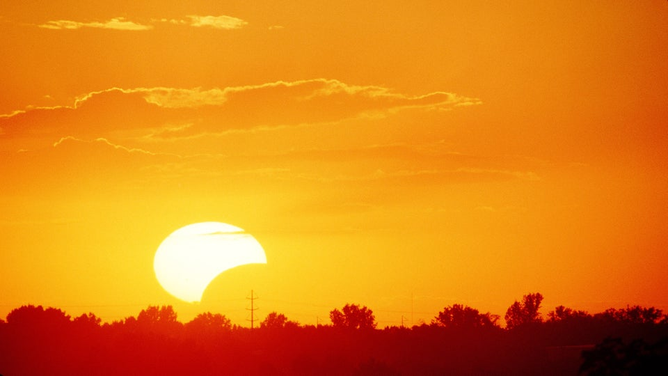 What Happens To Your Eyes If You Look Directly At The Sun During A Solar Eclipse?