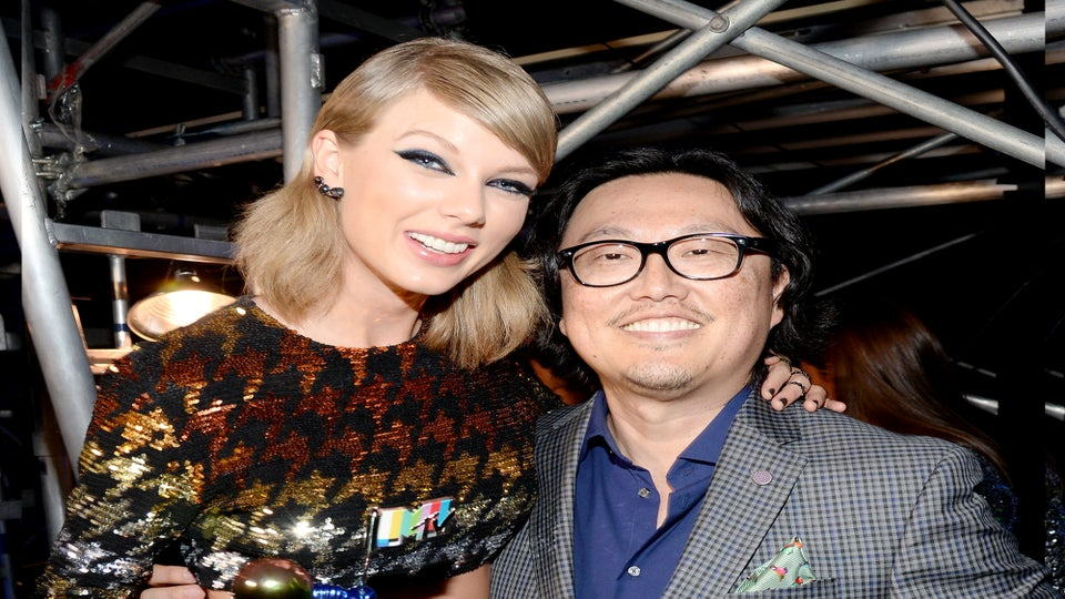 """Beyhive Stings Director Who Said Beyoncé Copied Taylor Swift's """"Bad Blood"""""""