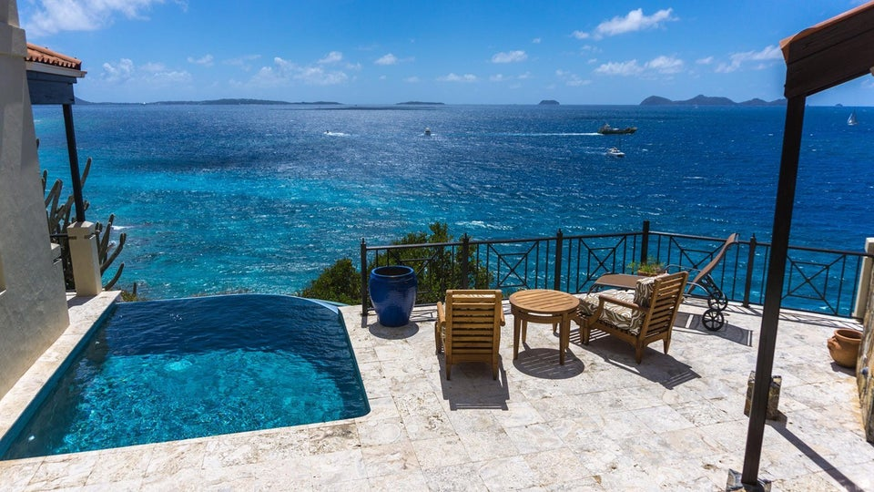 Three Different Ways to Visit The British Virgin Islands Like A Boss