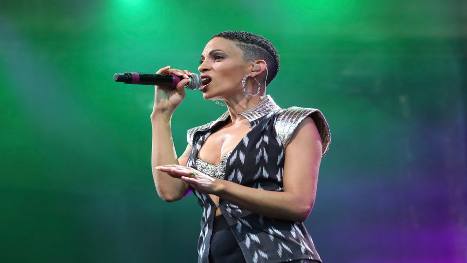 Video Premiere: Goapele Looks Better Than Ever in 'Stay'