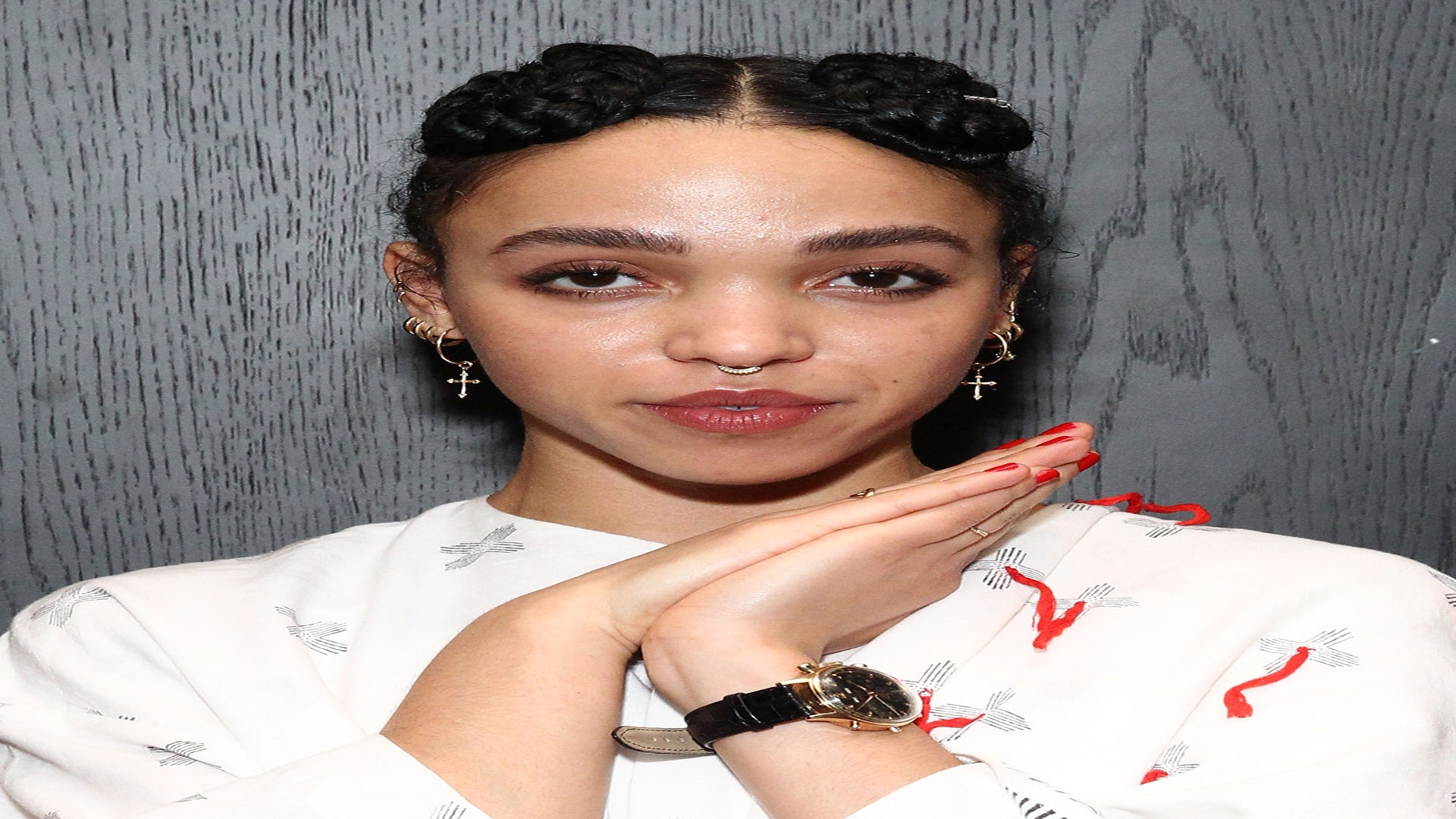 FKA Twigs Asked Twitter 'How Do Braids Make You Feel?' and The Answers Are Amazing