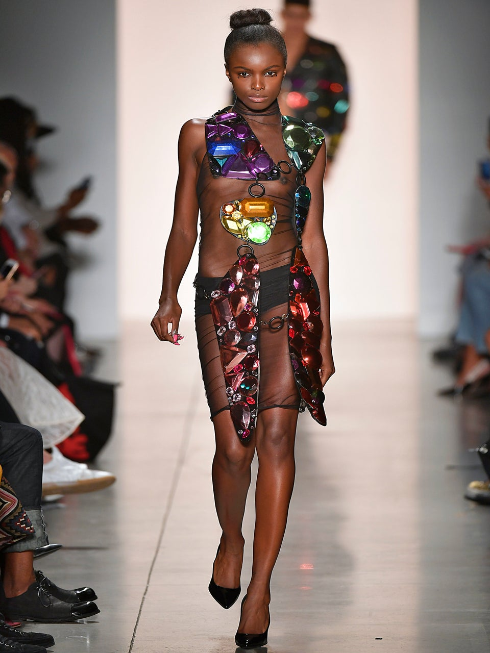 Model Leomie Anderson Allegedly Shunned From London Fashion Week Show Because Of Her Skin Color