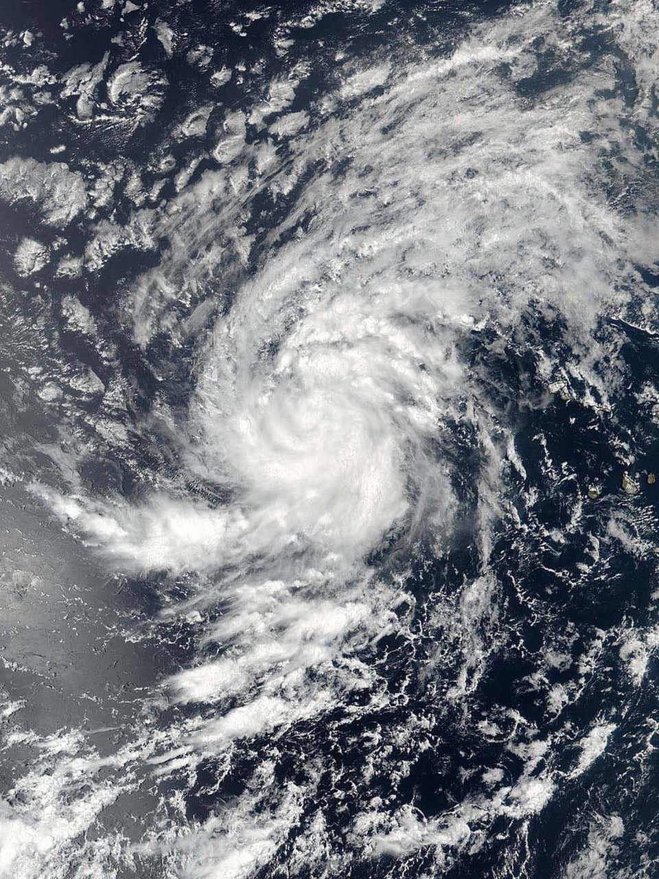 So This Is Why Hurricanes Are Given Human Names