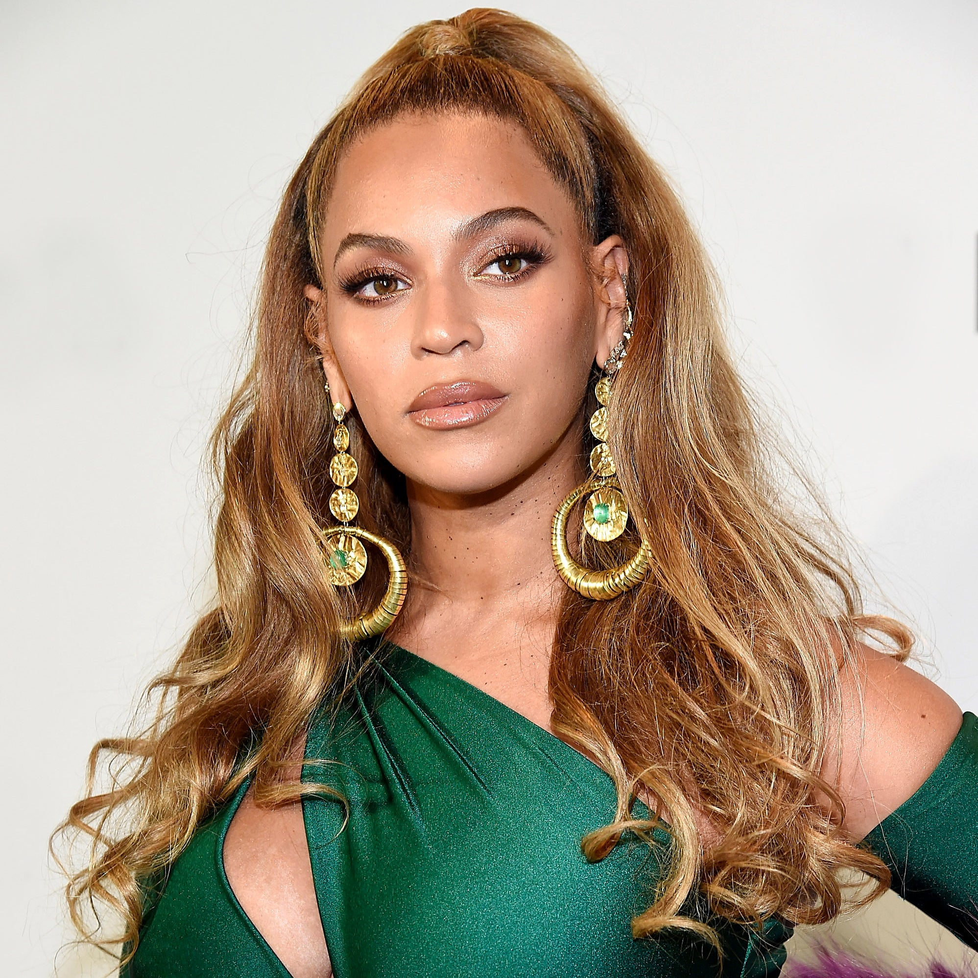 The Eyeshadow Color BeyoncéCan't Get Enough Of