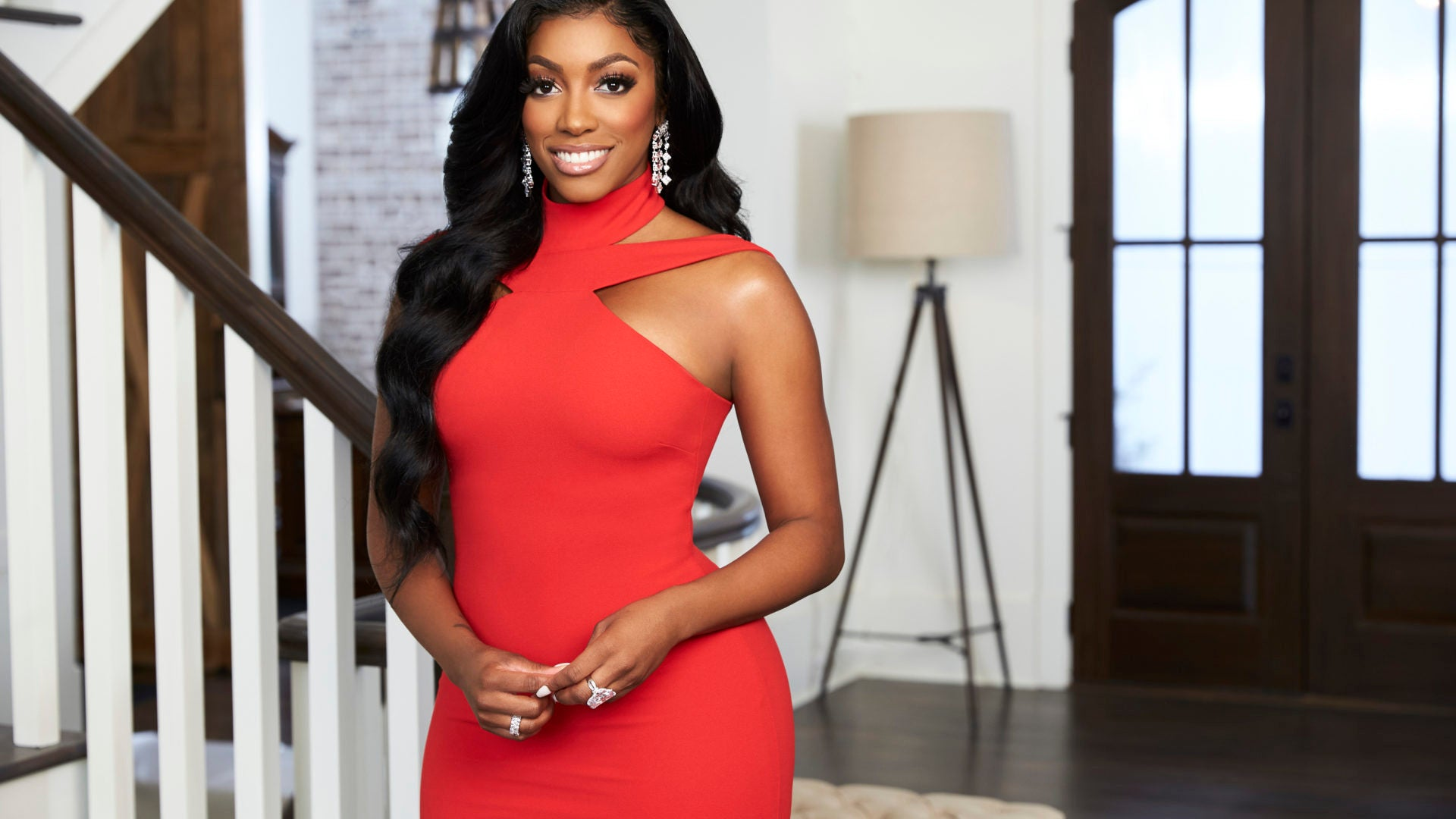RHOA Star Porsha Williams Confesses She Has Natural Hair But Still Relaxes Her Edges