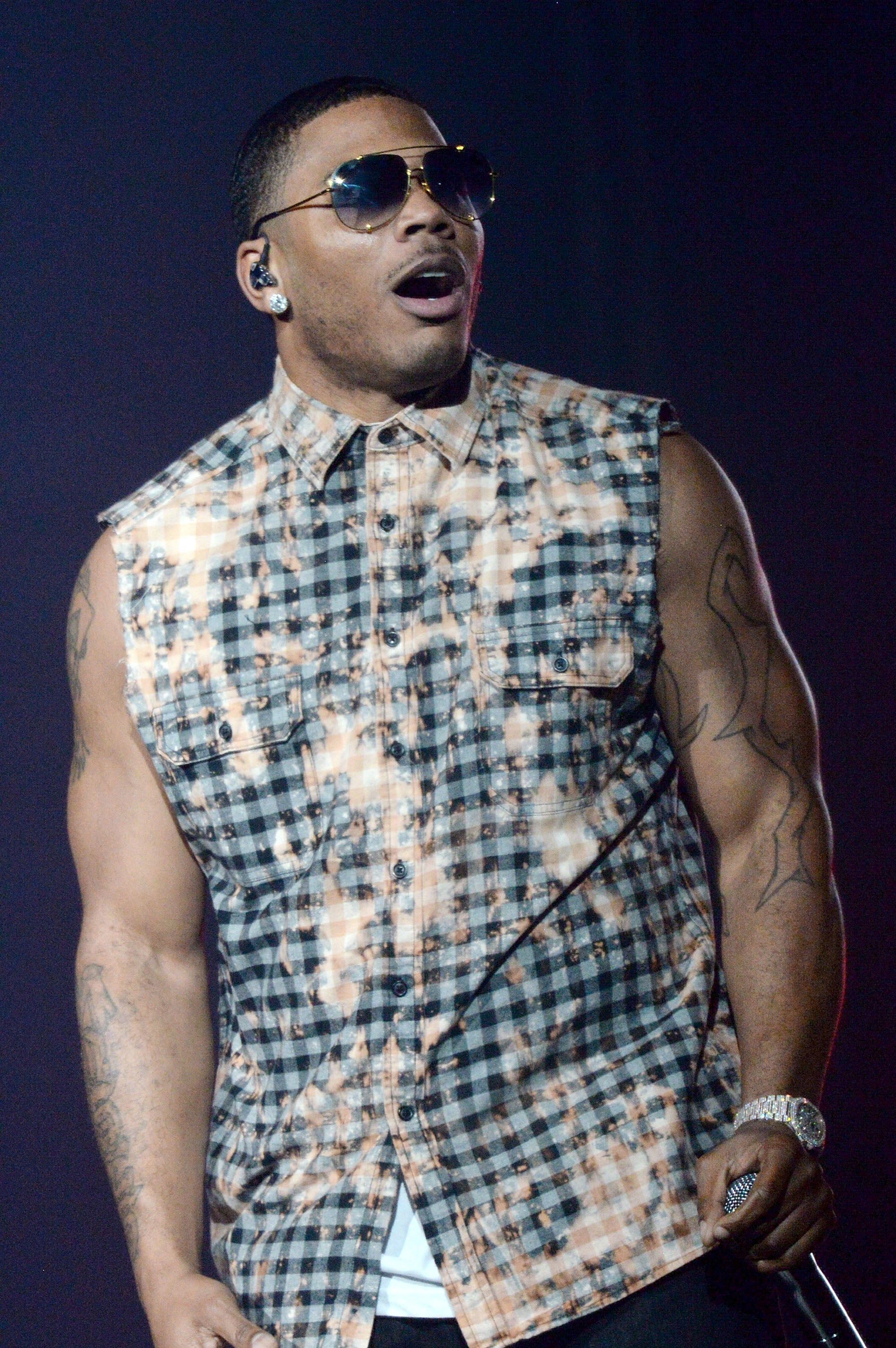 Rapper Nelly Denies That He Sexually Assaulted a Woman While on Tour After Early Morning Arrest