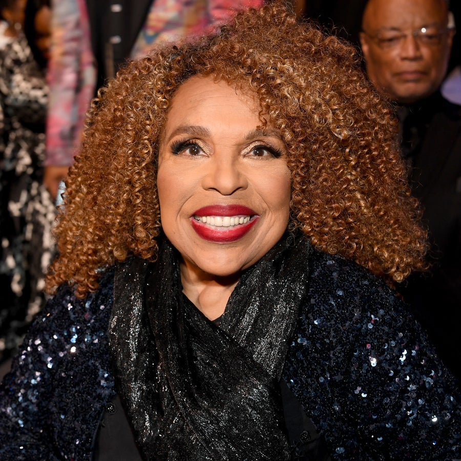 Singer Roberta Flack Rushed to the Hospital After Cutting Apollo Theater Performance Short