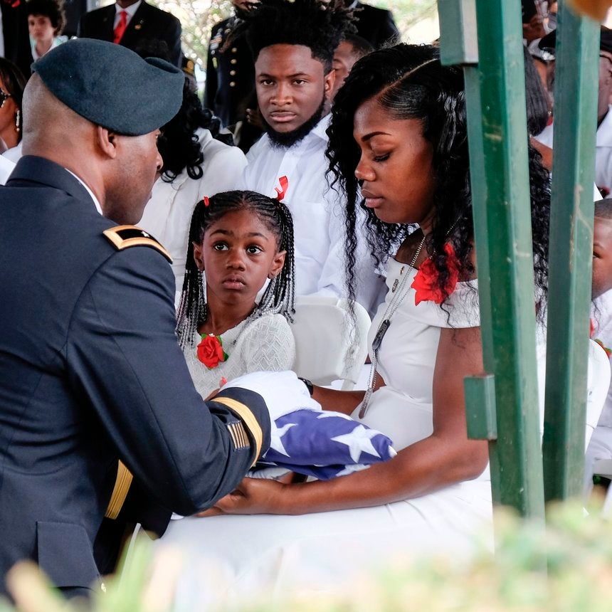 The White House Won't Tell Myeshia Johnson Anything About Her Husband's Death