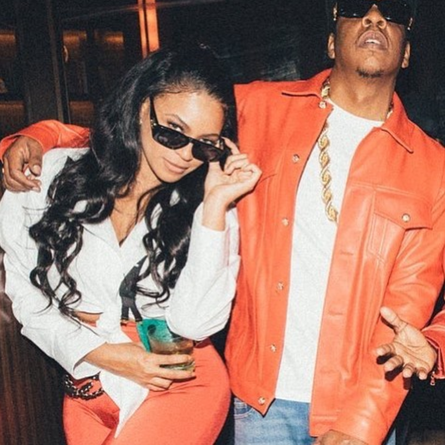 Nailed It! Beyoncé and JAY-Z Dress Up As Lil' Kim and Biggie For Halloween