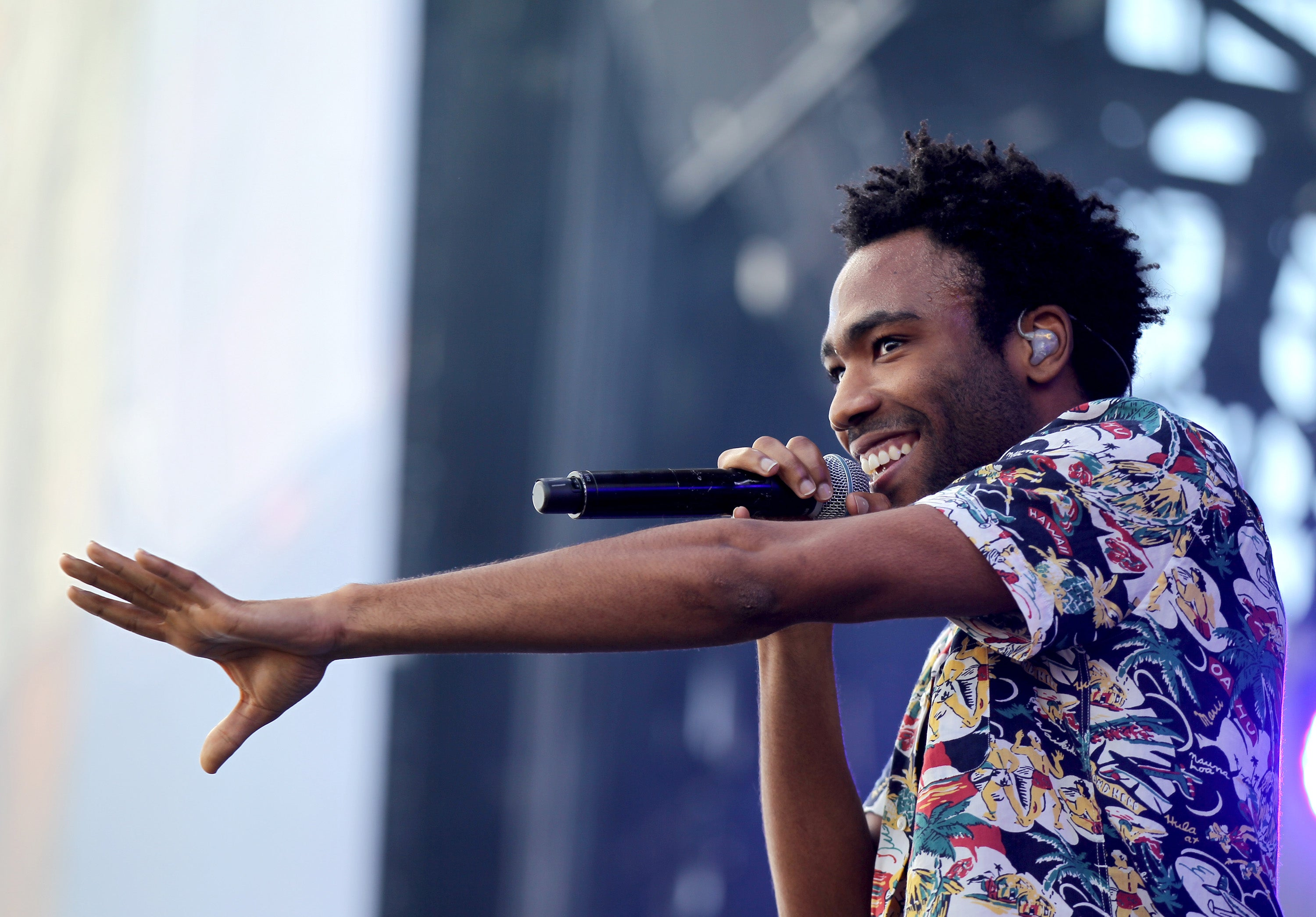 childish gambino tells fans you bought a ticket to the last